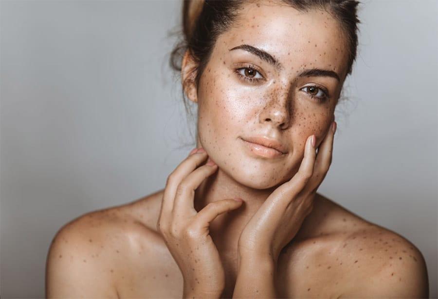 ¿Conoces la diferencia entre sérum y crema?