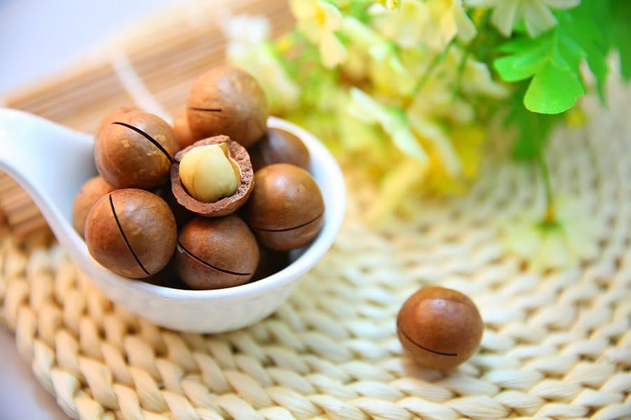 Aceite de macadamia, tu aliado antiedad más natural, ecológico y sostenible